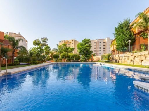 La Fragata – spacious apartment Estepona Puerto – Playa del Christo