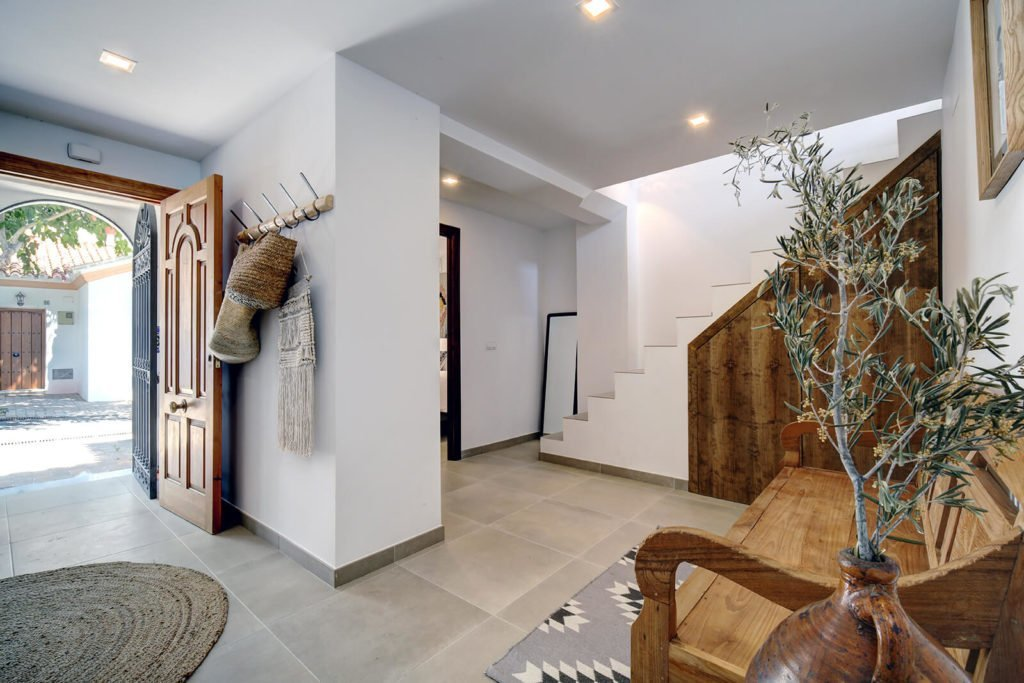 Fishermans Cottage Estepona - Renovated townhouse sea view in center 5